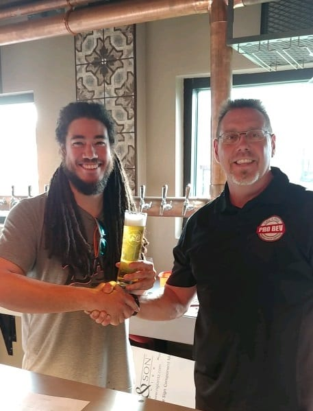 Green Bench/Webb's City Cellar (St. Pete) – Happy Customer with Perfectly Poured Beer